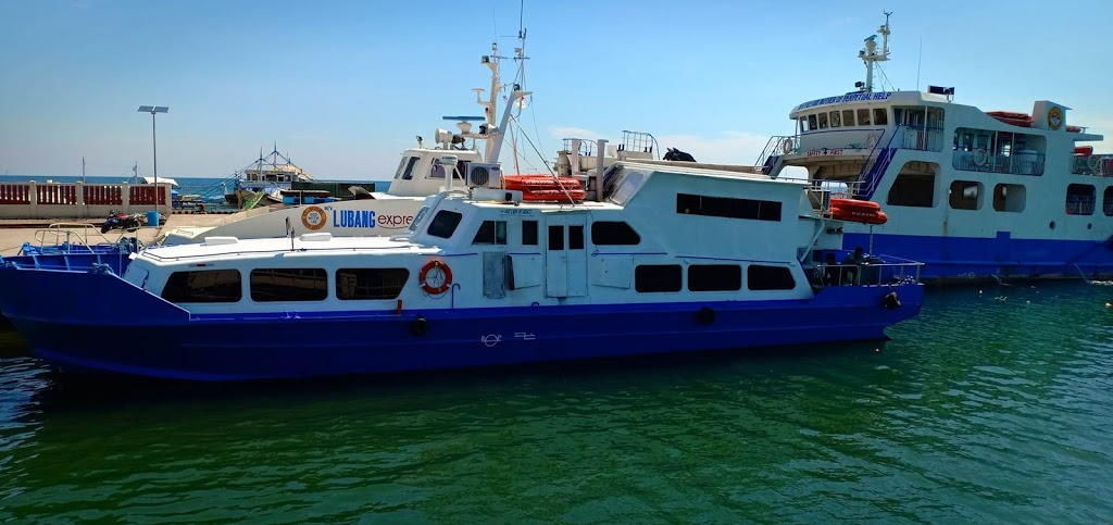 Fast Craft in going to Cabra Island